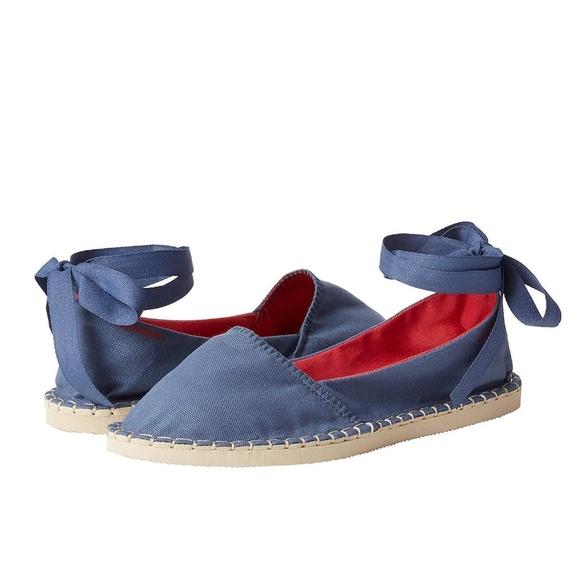 058a7cbbc7 Alpargatas Havaianas Slim Sneaker Flats Shoes